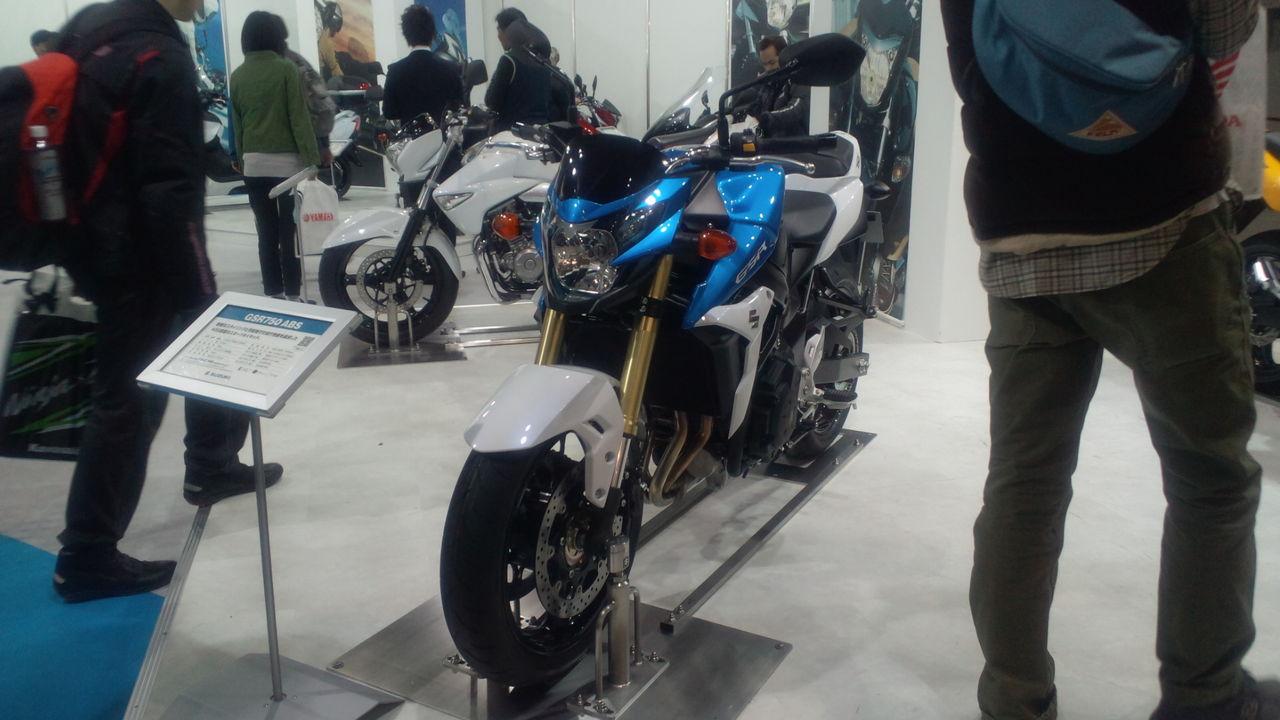 スズキ GSR750